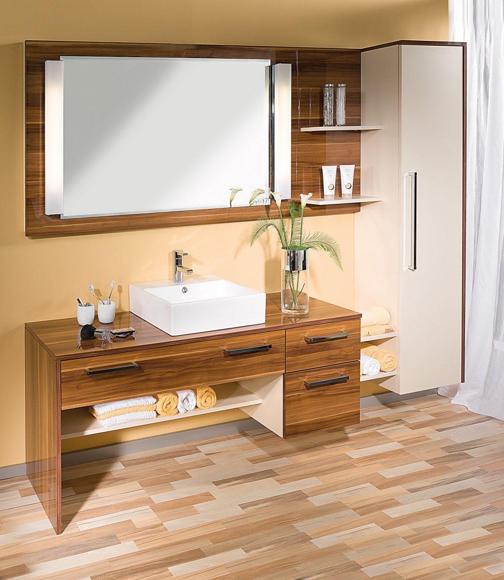 P Badezimmermöbel: P.MAX Maßmöbel - Tischlerqualität