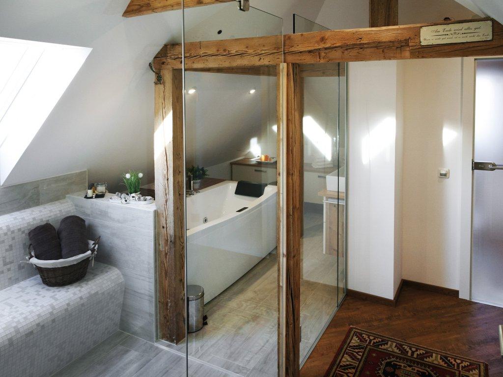 badezimmer cool schner wohnen im badezimmer with badezimmer amazing badezimmer with badezimmer. Black Bedroom Furniture Sets. Home Design Ideas