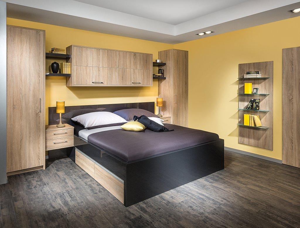 good schlafzimmer mit uberbau kaufen #1: Kleiderschrank