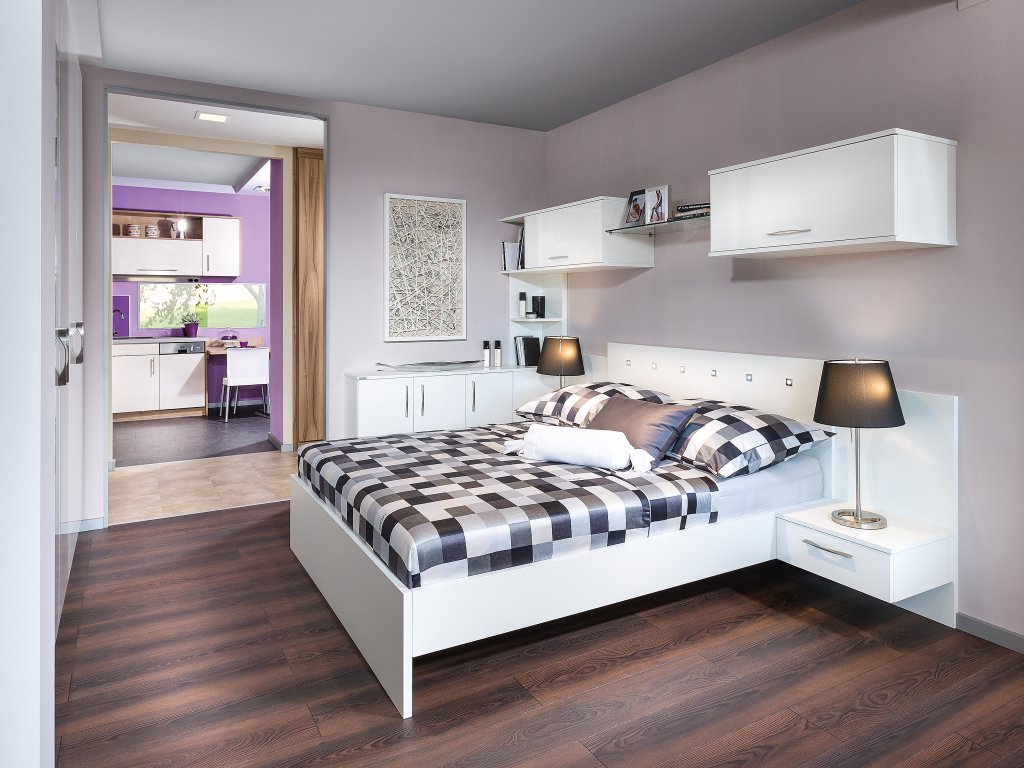 emejing schlafzimmer mit bett berbau contemporary. Black Bedroom Furniture Sets. Home Design Ideas