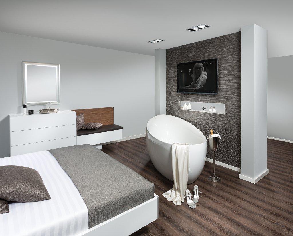 Bad Im Schlafzimmer Freistehende Badewanne Im Schlafzimmer Keine Klare  Trennung Von Bad .