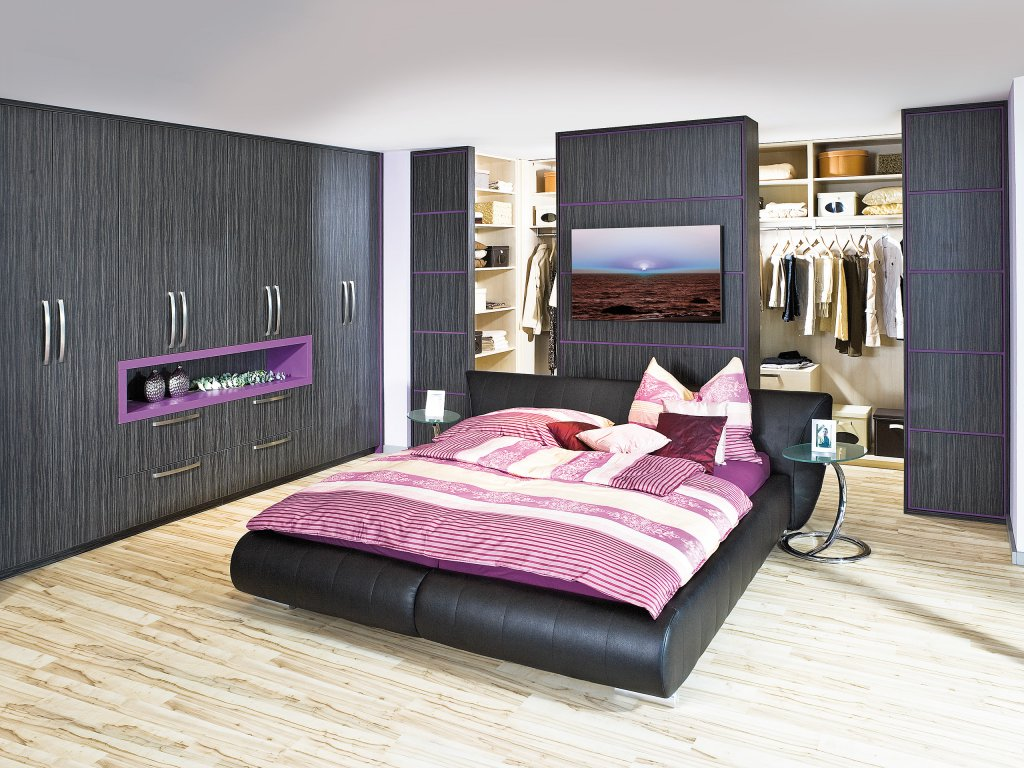 schlafzimmer mit raumteiler beste inspiration f r ihr. Black Bedroom Furniture Sets. Home Design Ideas
