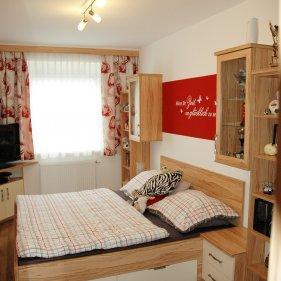 schlafzimmer   p.max maßmöbel - tischlerqualität aus Österreich