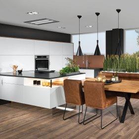 Küche mit Sitzplatz