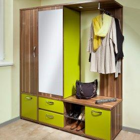 Vorzimmer Mit Viel Stauraum Und Garderobe
