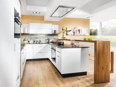 Designwohnküche In U Form Mit Barlösung Und Sitzbank