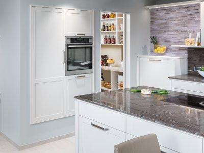 Küchenblock mit Backofen