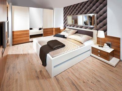Doppelbett in Komforthöhe