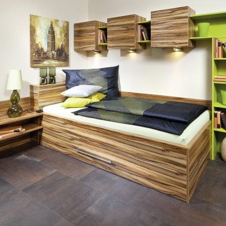 Umbauliege mit Bettüberbau