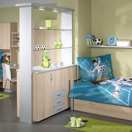 Zweibettzimmer mit Raumteiler