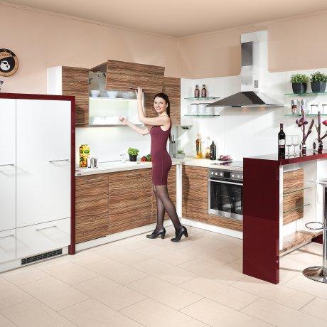 Eckküche mit Barlösung