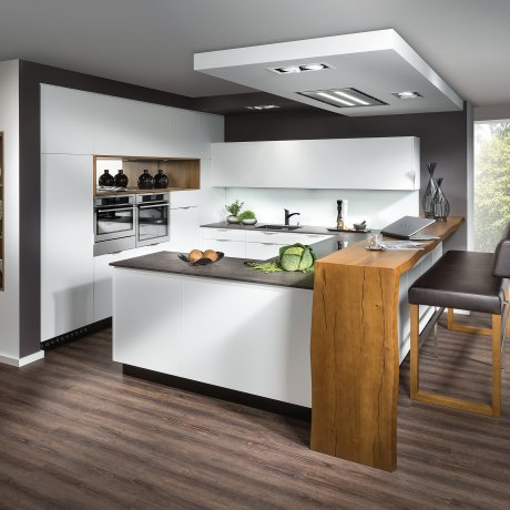 Design Küche mit Barlösung