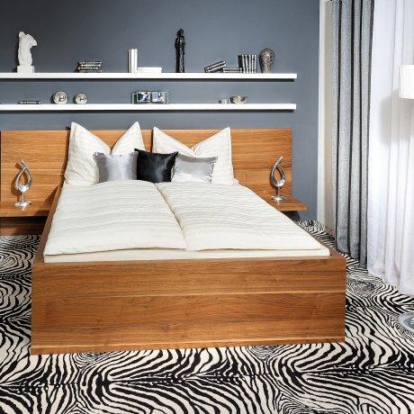 Schlafzimme mit einem Doppelbett