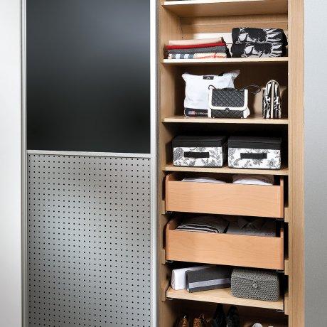 Einbauschrank mit Indoorschiebetüren
